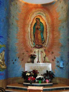 1024px-Our_Lady_of_Guadalupe_chapel_(Washington_Basilica)